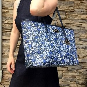 New Michael KORS Navy Floral Large Tote